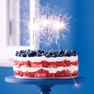 red-white-and-blue-berry-trifle-recipe-mslo0613-mdn